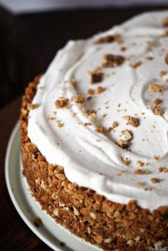 Cinnamon Chai Cream Pie - definitely not part of my eating plans but perhaps some inspiration will come for a healthy version!