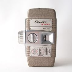 Revere ! Eight Model 84, 8mm Camera, With 3D Mount Lenses, 1940s