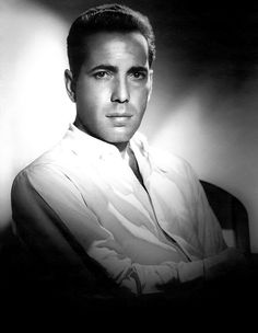 More photos from the Golden Age of Hollywood by master portrait photographer George Hurrell Hollywood Stars, Old Hollywood, Hollywood Actor, Golden Age Of Hollywood, Classic Hollywood, Hollywood Glamour, George Hurrell, Humphrey Bogart, Lauren Bacall
