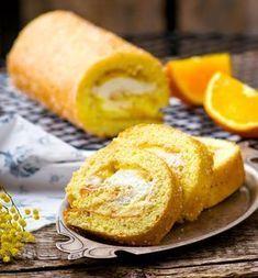 Ένα αέρινο επιδόρπιο με υπέροχη κρέμα πορτοκαλιού που θα απολαύσετε πολύ. Cake Roll Recipes, Rolls Recipe, Cornbread, French Toast, Treats, Breakfast, Ethnic Recipes, Easy, Food