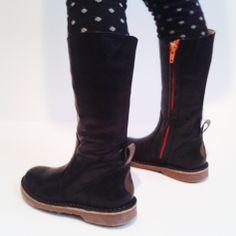 NR.9 BOOTS black and orange www.DEVRIES1972.com