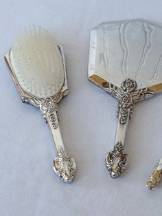 Silver Plated Godinger GSA Vanity Set Brush / Comb by RedouxChic