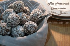 Boost Chocolate Protein Balls Recipe: A Healthy Alternative all natural chocolate bliss balls 1 Chocolate Protein Balls, Raw Food Recipes, Healthy Dinner Recipes, Healthy Snacks, Cooking Recipes, Healthy Protein, Eat For Energy, Bliss Balls, Kitchens