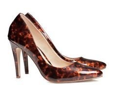 There are also cute shoes! Like these faux tortoiseshell pumps. | 22 Highlights From H&M's New Online Store