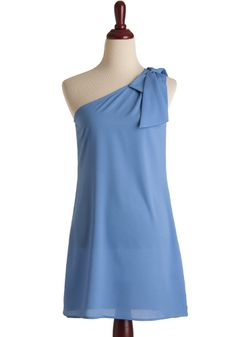 such a soft and pretty blue, perfect for a hot summer wedding!