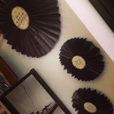 Decoração temática Marmitinhas Detalhes da decoração Lembrancinha: seleçnao musical do aniversariante Detalhes da deco...