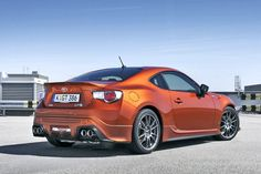 Toyota GT 86 Photos and Specs. Photo: GT 86 Toyota tuning and 25 perfect photos of Toyota GT 86 Toyota Racing Development, Car Head, Ac Cobra, Toyota Cars, Top Cars, Trd, Japan, Best Model, Perfect Photo