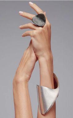 Get inspired and discover Georg Jensen x Zaha Hadid trunkshow! Shop the latest Georg Jensen x Zaha Hadid collection at Moda Operandi. Bijoux Design, Schmuck Design, Jewelry Design, Hand Jewelry, Jewelry Art, Fashion Jewelry, Flower Jewelry, Coral Jewelry, Silver Jewellery