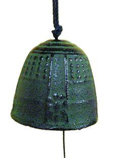 "Japanese 1-5/8""D Furin Wind Chime Nanbu Iron Iwachu Temple Bell Made in Japan"