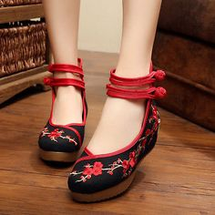 89c912e63fcad Womens Chinese Embroidered Flower Lady Flat Shoes Mary Jane Ballet Cotton  Pump