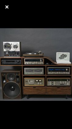 Learn Guitar Scales, Audio Rack, Vinyl Junkies, Hifi Audio, Record Player, Audio System, Audiophile, Music Stuff, Speakers