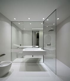 View full picture gallery of Perfect Minimalism Minimal Bathroom, Modern Bathroom Design, Bathroom Interior Design, Minimalist Living, Minimalist Decor, Toilette Design, Interior Minimalista, Bathroom Inspo, Diy Room Decor