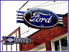 Vintage Ford signs - A former Ford dealership in DeSoto, Kansas Advertising Signs, Vintage Advertisements, Vintage Ads, Ford Falcon, Ford Mustang, Vintage Neon Signs, Old Gas Stations, Old Fords, Old Signs