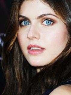 Srikingly Pretty Blue Eyes!