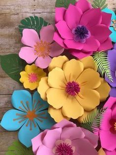 Baby Shower Tropical Theme Etsy New Ideas Giant Paper Flowers, Diy Flowers, Flowers Pics, Moana Backdrop, Wallpaper Crafts, Diy And Crafts, Crafts For Kids, Paper Flower Backdrop, Flower Template