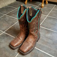 Shop Women's Justin Boots Brown size Shoes at a discounted price at Poshmark. Description: Brown uppers with teal trim. Worn once 7 Sold by Fast delivery, full service customer support. Square Toe Boots, Justin Boots, Shoe Boots, Shoes, Brown Boots, Cowboy Boots, Teal, Color, Products