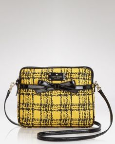 My iPad would look oh-so-chic in this handy cross-body bag...and does it remind any other kids of the 90's of Clueless? Love it!