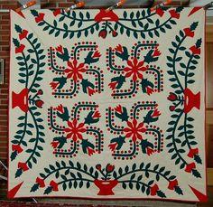 Outstanding Vintage 30's Red Green Applique Poinsettia Berries Nice Border | eBay