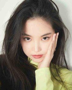 seven springs of apink ♡ The Most Beautiful Girl, Beautiful Asian Girls, Beautiful Women, Kpop Girl Groups, Kpop Girls, K Pop, Apink Naeun, Best Photo Poses, Cute Korean Girl