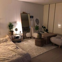Interesting Small Apartment Bedroom Design Ideas And Decor awesome small apartment bedroom design and decor ideas 13 - Home Decor Ideas 2020 Room Ideas Bedroom, Small Room Bedroom, Home Bedroom, Bedroom Decor, Korean Bedroom Ideas, Ikea Bedroom, Bedroom Plants, Small Rooms, Modern Bedroom