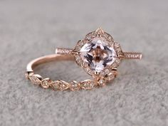 Gorgeous round morganite diamond engagement ring in rose gold! Image source