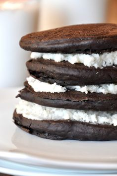 Hahaha--oreo pancakes.  Good grief.  These are vegan and use coconut butter for frosting.  I'd de-vegan them, myself, but to each her own.