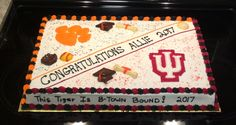 High school to college Graduation cake. High school to college College Graduation Cakes, Graduation Party Foods, Graduation Party Planning, Graduation Cookies, Graduation Decorations, High School Graduation, Grad Parties, Graduation Ideas, First Communion Cakes