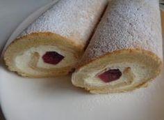 Rolada z kremem waniliowym i galaretką. Bread, Recipes, Cook, Rezepte, Breads, Baking, Buns, Recipe, Koken