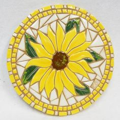 Mosaic Garden Art, Mosaic Flower Pots, Ceramic Mosaic Tile, Mosaic Wall, Mosaic Glass, Mosaic Crafts, Mosaic Projects, Stained Glass Projects, Mosaic Designs