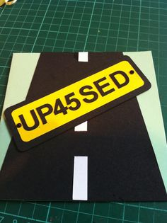 Driving Test Pass Card Handmade Birthday Cards, Handmade Cards, Passed Driving Test, Craft Projects, Projects To Try, Car Cakes, Test Card, Congratulations Card, Graduation Cards
