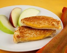 Grilled Cheese Sandwich made in Hamilton Beach Breakfast Sandwich Maker