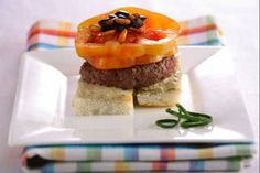 Hamburger con salsa #Star #hamburger #ricette #food #recipes