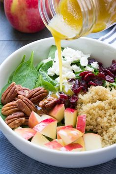 Want to amp up your salad game? Try out this delicious recipe for Spinach and Quinoa salad!