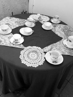 I love black and white pictures, I took this today as well . Black And White Pictures, Photography, Home Decor, Photograph, Photography Business, Photoshoot, Fotografie, Interior Design, Fotografia