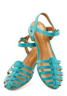 Sept 2014 SS, shoe Wow the Crowd Sandal in Turquoise, size 5.5; I love them but they're just too big for me