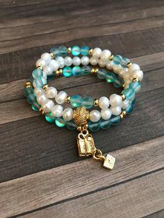 Regalo mágico. Pulsera de navidad. Moonstone bracelets. Gold