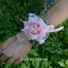 Light pink bridesmaid corsage