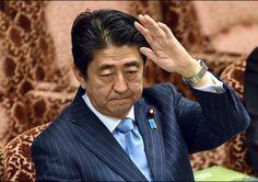 아베 정권, 도쿄 전범재판 검증하겠다는데… ⇨ 그 배경엔 '이 사람' 있다