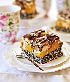 """Cake """"drunk"""" with peaches, coconut and poppy seeds Cupcakes, Cupcake Cookies, Cake Recipes, Dessert Recipes, Plum Cake, Blueberry Cheesecake, Sweets Cake, Polish Recipes, Food Cakes"""