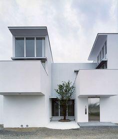 House of Migration   Japan   FORM / Kouichi Kimura Architects   photo by Kei Nakajima