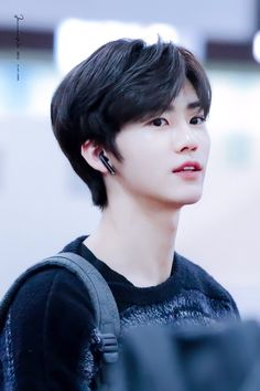Ooooooo that black hair doh<br> K Pop, Nct Dream Members, Nct Dream Jaemin, Perfect Smile, Na Jaemin, Winwin, Boyfriend Material, Jaehyun, K Idols