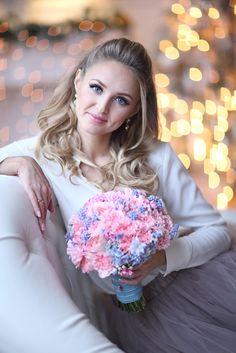 Букет невесты в новых модных цветах 2016 года - розовый кварц (Rose Quartz) и голубая безмятежность (Serenity)