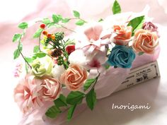 Etsy の Kawaii Origami Roses and Syakuyaku Flowers by Inorigami