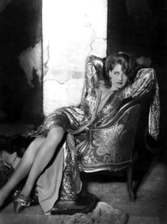 Hollywood's Beguiling Queen of Pre-Code Cinema Hollywood Wedding, Old Hollywood Glamour, Vintage Hollywood, Classic Hollywood, Vintage Glamour, Vintage Style, 1920s Glamour, Hollywood Stars, George Hurrell