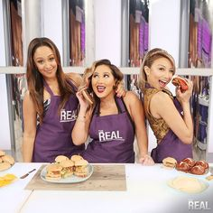 Squad The Real Daytime Show Girls Just Wanna Have Fun Tamera Mowry-Housley Adrienne Bailon Jeannie Mai Cooking Apron