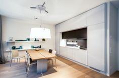 Cobb Bay - ett tvåplanshus i New Englandstil från Myresjöhus Beautiful Kitchens, Kitchen Island, Furniture, Design, Home Decor, Island Kitchen, Decoration Home, Room Decor