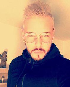 #gris #greyhair #hair #france #canada #lorraine #alberta #basseham #edmonton #zaraaddict #glasses #frenchmen #canadianmen