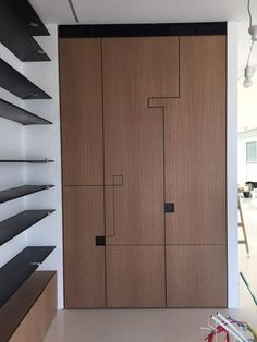 Wardrobe Door Designs, Wardrobe Design Bedroom, Wardrobe Doors, Closet Designs, Built In Furniture, Furniture Design, Cupboard Design, Interior Design Living Room, Loft