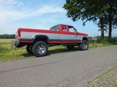 Ford F250 XLT Lariat 1985 4x4 Trucks, Ford Trucks, Future Trucks, Jealous, Monster Trucks, Child, Tools, Cars, Vehicles