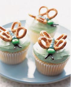 Butterfly Cupcakes, cute and you could dip the pretzels in chocolate